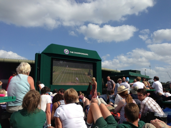 Watch alongside other enthusiasts on Henman Hill with your Grounds Admission pass.